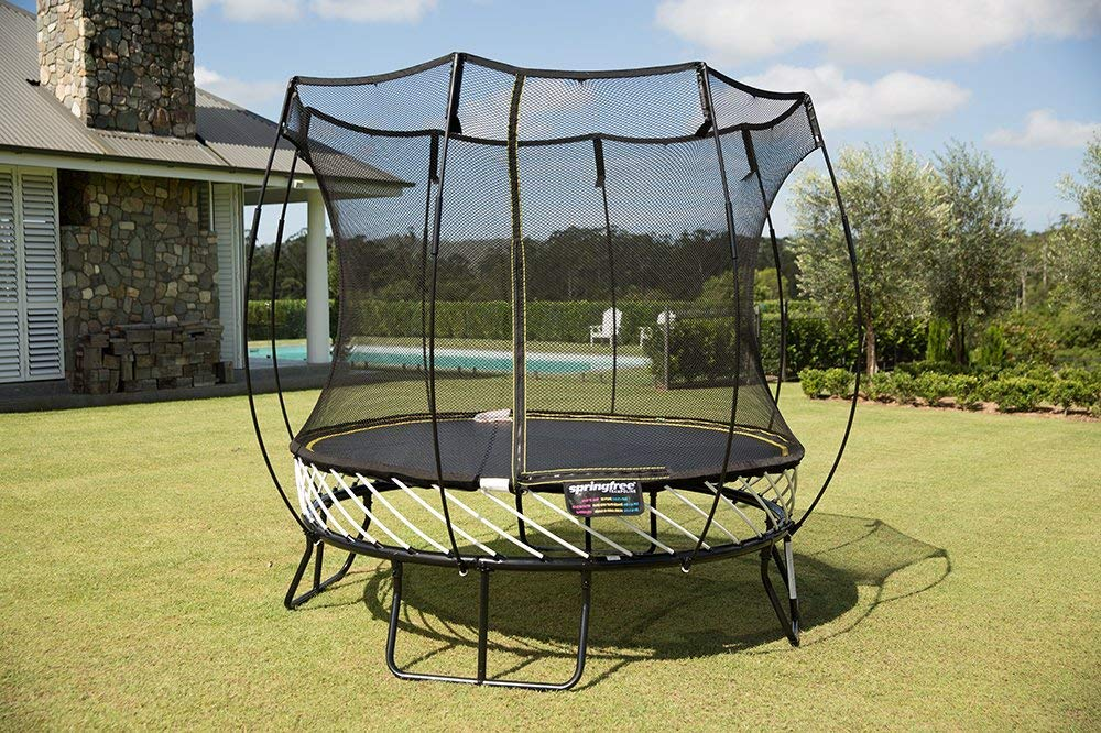Springfree Trampoline - 8ft Compact Round Trampoline with Basketball Hoop and Ladder