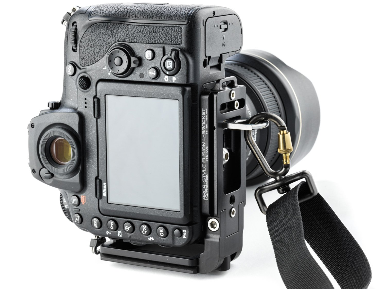 Arca-Swiss Compatible Fusion L-Bracket - Black Rapid Compatible - Color Black by Fusion Plate (Image #4)