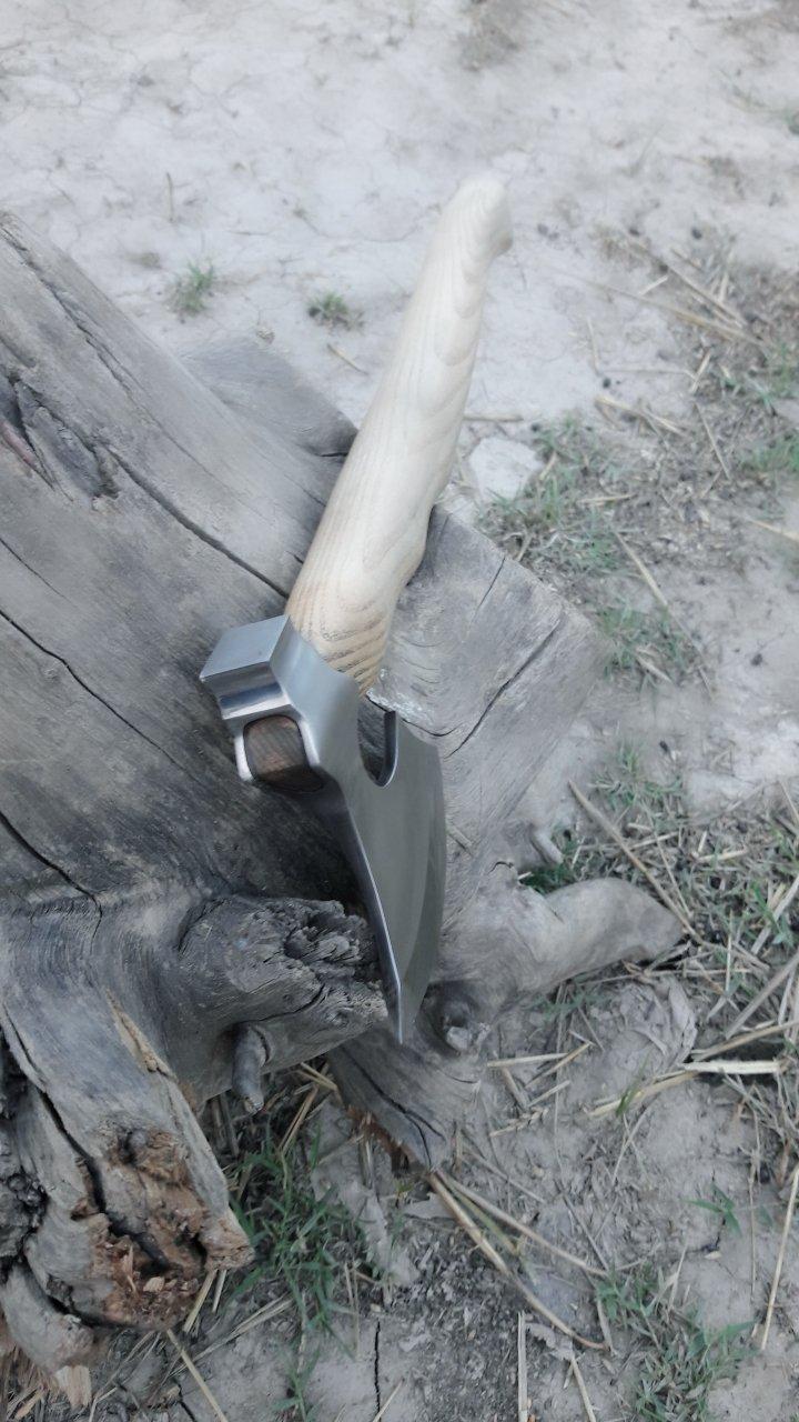 MDM CUSTOM HAND MADE TOMAHAWK VIKING HATCHET BEARED WITH ASH WOOD HANDLE - RAZOR SHARP by MDM (Image #9)