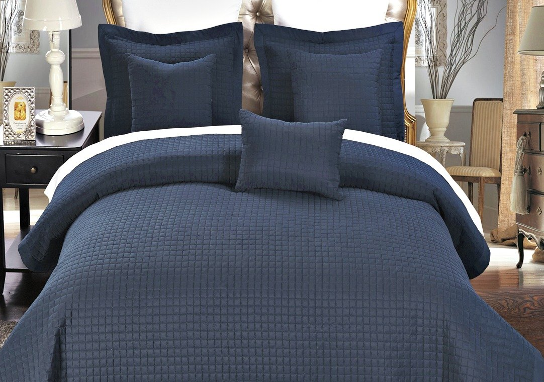 Boat Bedding - Universal V Berth Quilt Cover Set 3PCS - Fits all Sailboats under 40 Feet And Smaller Motor Boat V Berths - Great Gift For Boaters! (Navy)