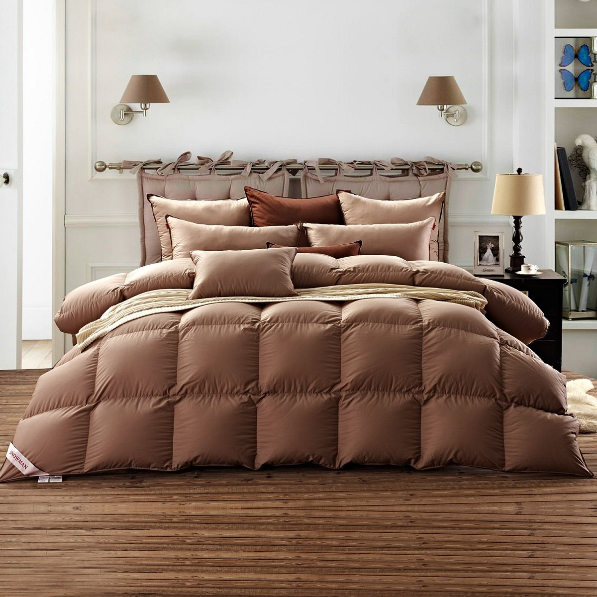 SNOWMAN Luxurious Goose Down Comforter Queen Size 100% Cotton Shell with Corner Tab-Extra Warm,Khaki