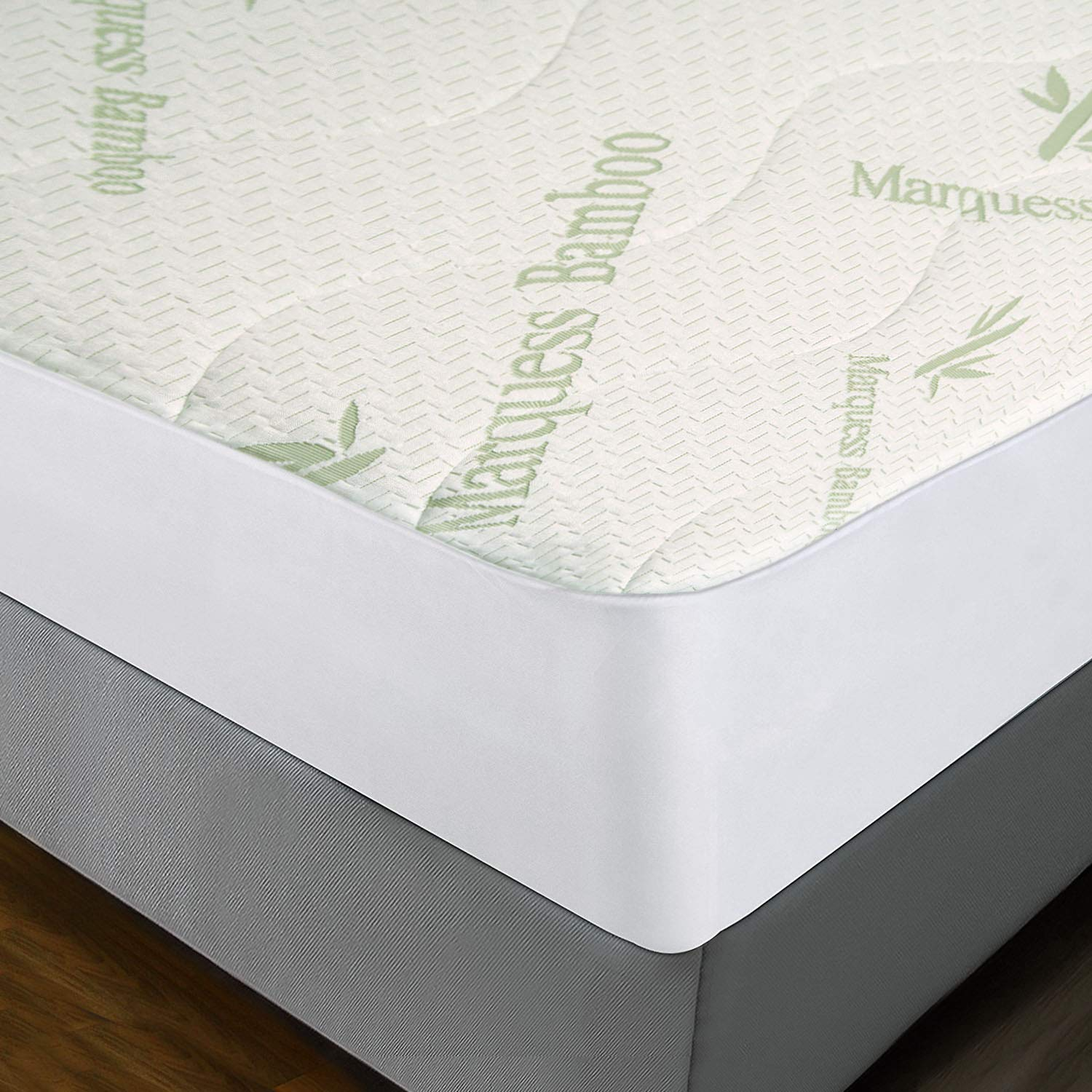 BABY TODDLER COT BED QUILTED BREATHABLEAND WATERPROOF MATTRESSES 140 X 70 X 13