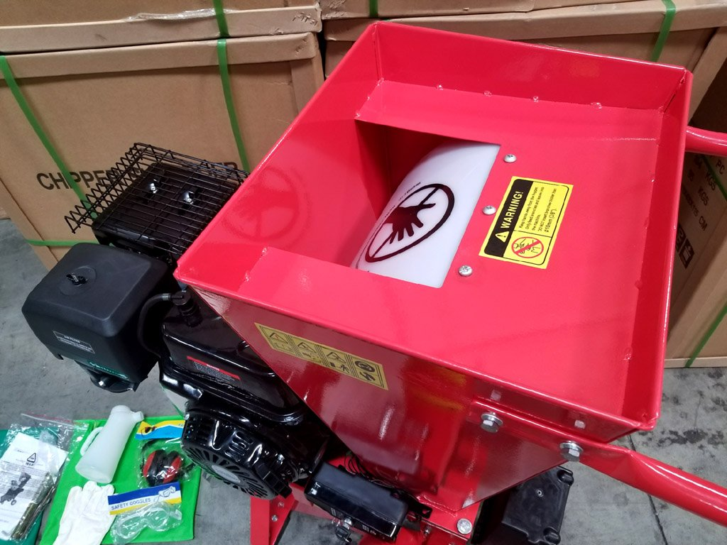 15HP 420CC Gas Powered Wood Chipper Shredder, 4'' Capacity, with Mulch Bag and Electric Start by MCP Samson Chipper (Image #6)