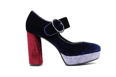 new products a155a 985d9 Amazon.com   Luciano Barachini Décolleté Woman 7071B Blue ...