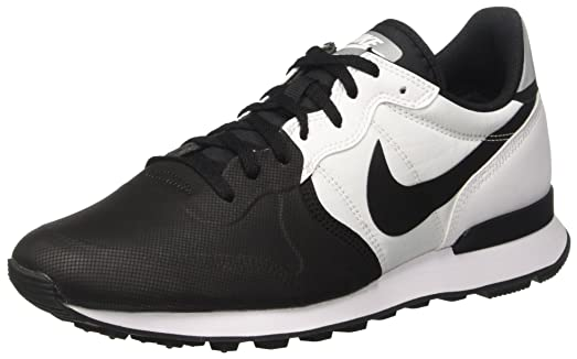 nike internationalist black