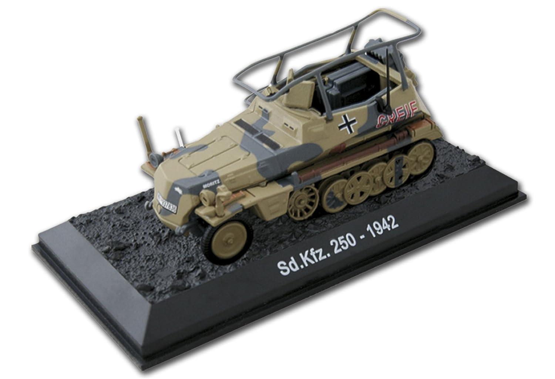 Amercom BG-1 Sd.Kfz.250D 1942 diecast 1:72 armored car model