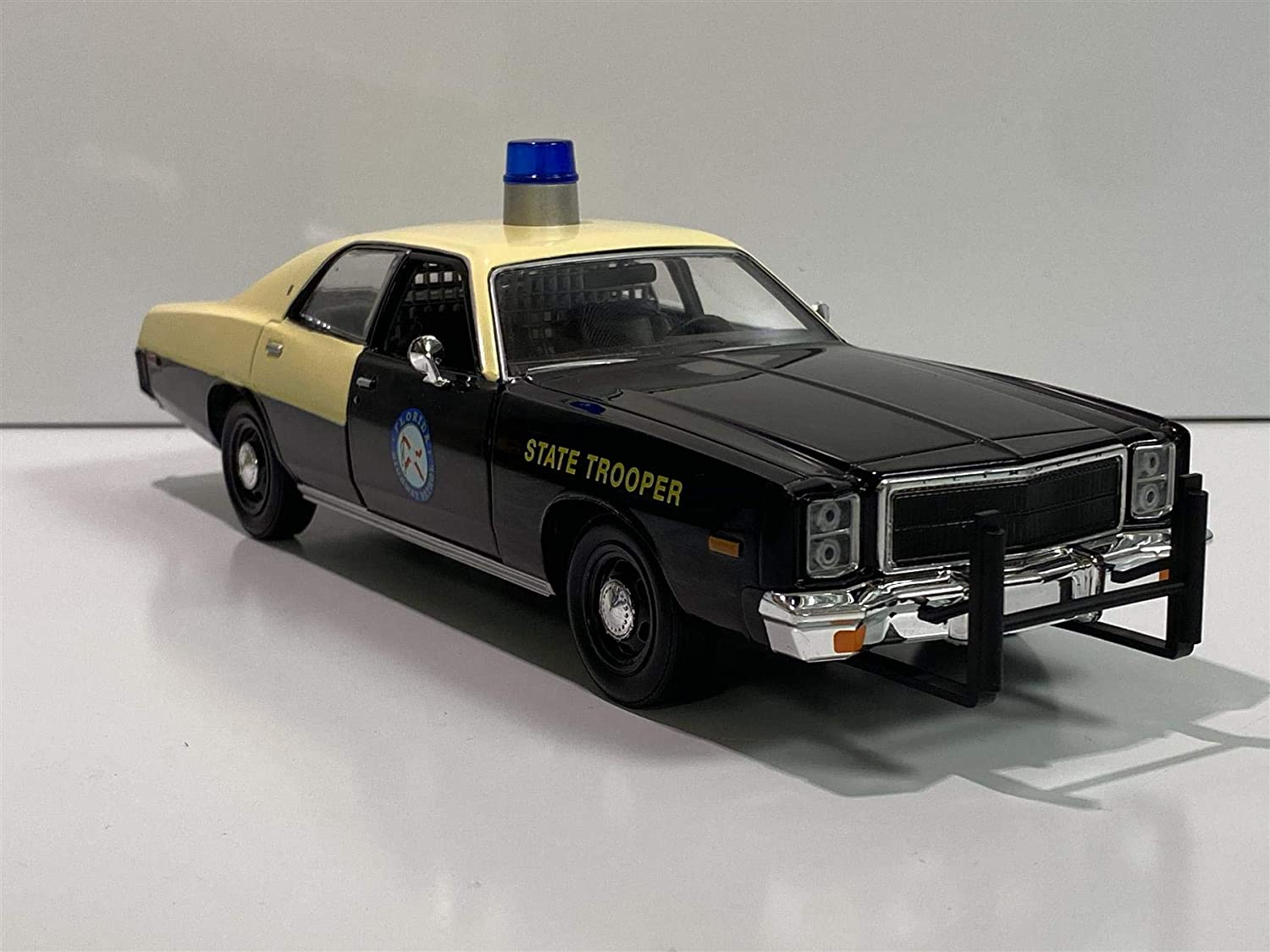 Greenlight 1978 Plymouth Fury Florida Highway Patrol Black and Yellow Hot Pursuit 1//24 Diecast Model Car 85512