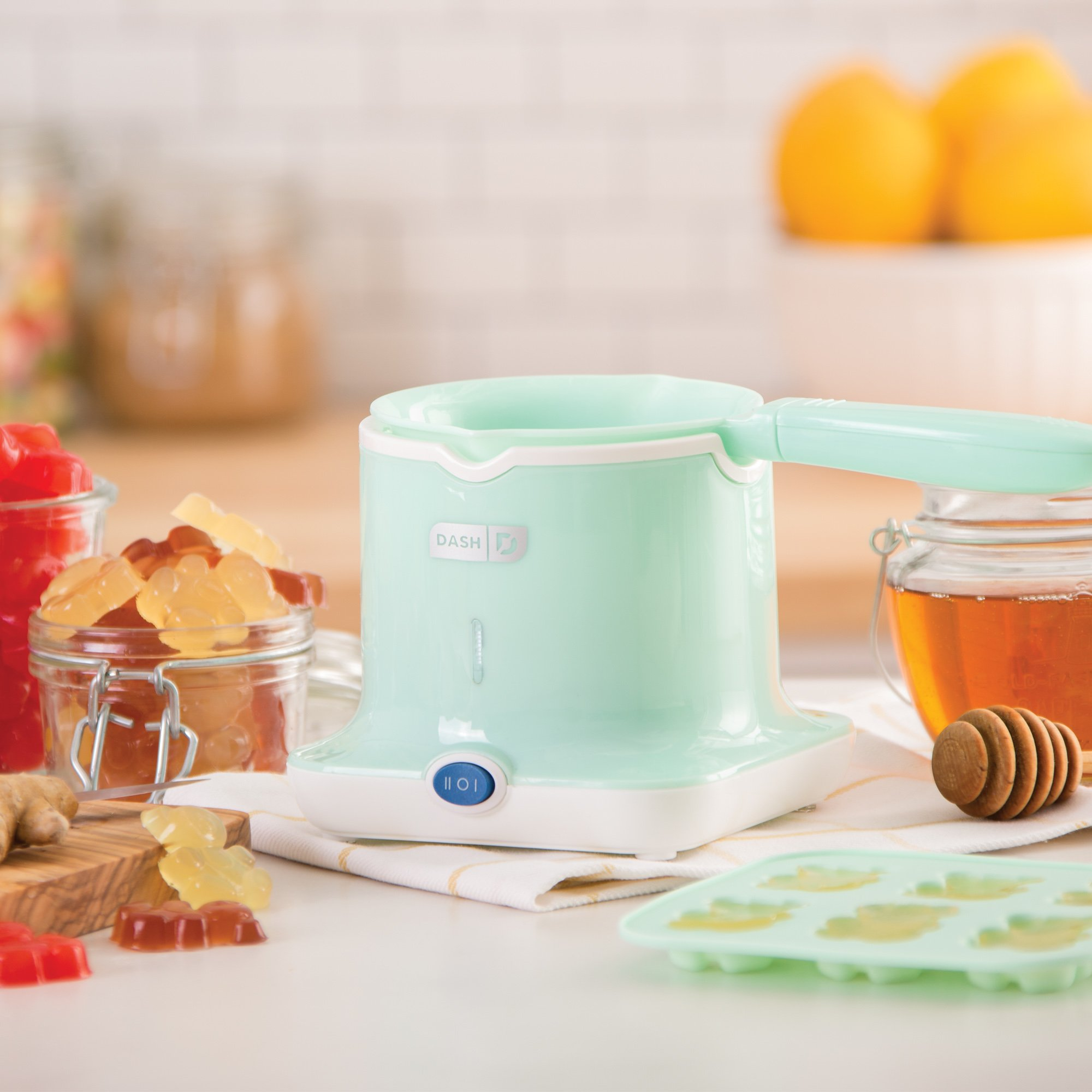 Dash DGCM001AQ Easy Candy Maker with High and Low Temperature Setting Chocolate, Gummies and More, Aqua by Dash (Image #2)