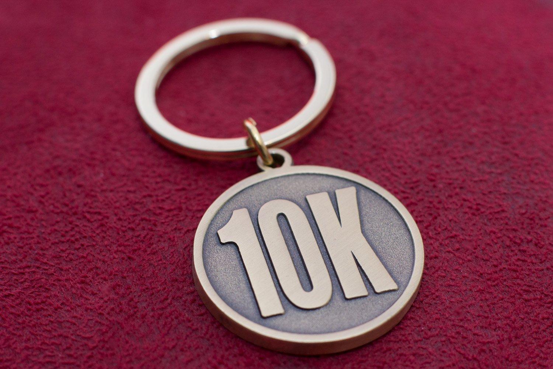 10 K Corredor de Regalo - 10 K Llavero Carrera de 10 K ...