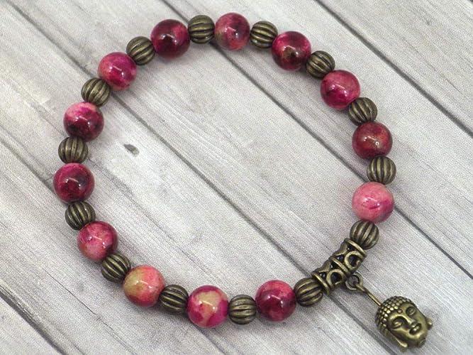 77dcf5d46f27 Pulsera de mujer vintage tibetana en cuentas de jade natural teñidas en  rojo con colgante de