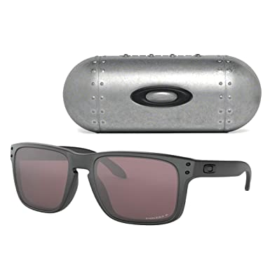 3c8dc7988a34d Amazon.com  Oakley Men s Holbrook Sunglasses (Steel Prizm Daily ...