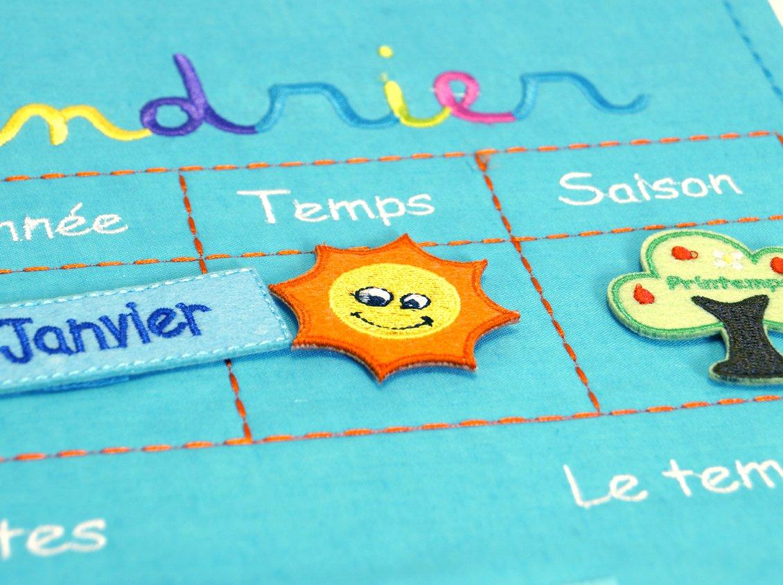 Color Azul Importado de Francia Calendario Educativo de Tela para Colgar Ludi 2096