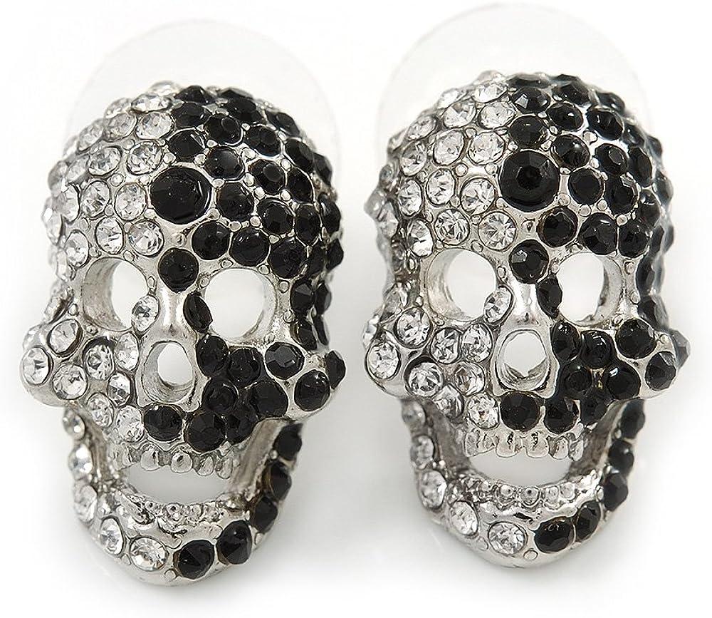 Pendientes de calavera de cristal, pequeña, brillante, en color negro y blanco y de 2cm de longitud.