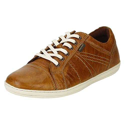cced2b213f28a5 Red Tape Men s Leather Sneakers  Buy Online at Low Prices in India ...