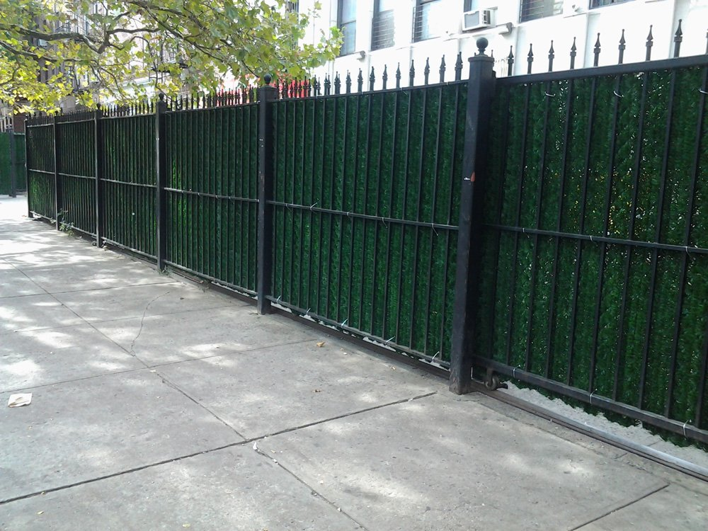 Porpora Artificial Hedge Slats Panels for Chain Link fence Outdoor Faux Hedge Privacy Screen Fence (Covers 10 Lineal Feet of fence) 5x10 by