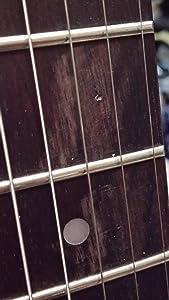初めてのギターは見た目って大事だと思うんです。