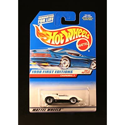 Hot Wheels Mattel 1998 First Editions 1:64 Scale White Chaparral 2 Die Cast Car #028: Toys & Games