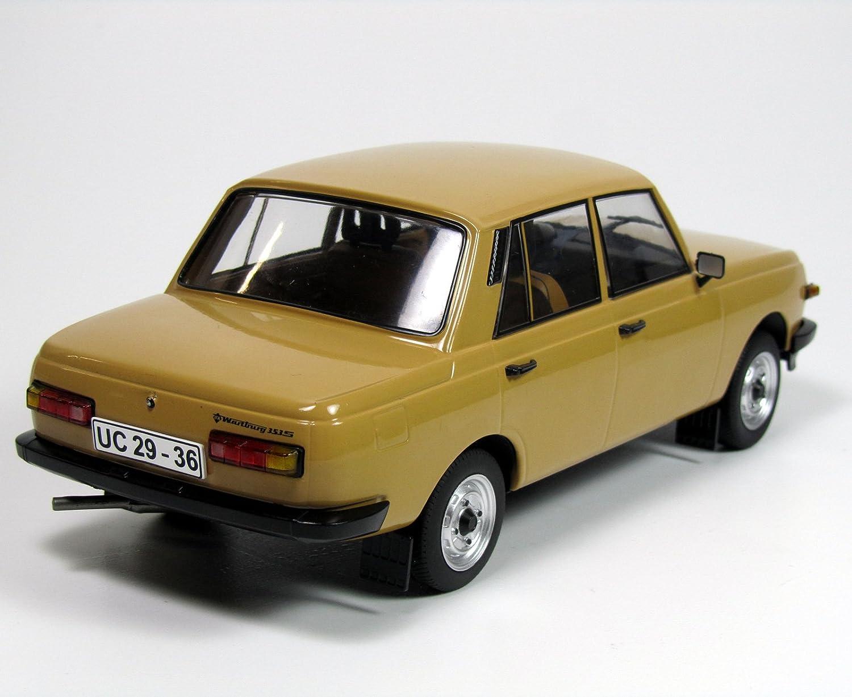 Wartburg 353 S Limosine DDR Fertigmodell Maßstab 1:43