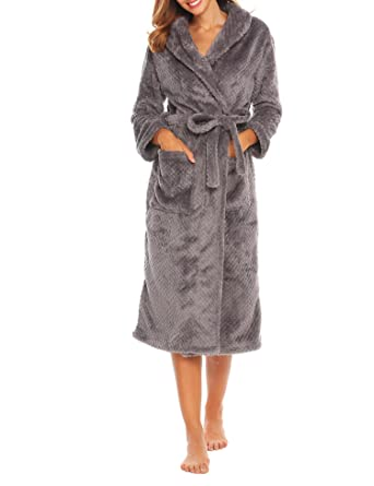 00f056c7b7 Dorani Polyester Robes Womens Warm Plush Thick Hooded Bathrobe With  Pocket(Grey