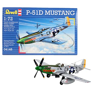 Revell Of Germany P-51D Mustang: Toys & Games