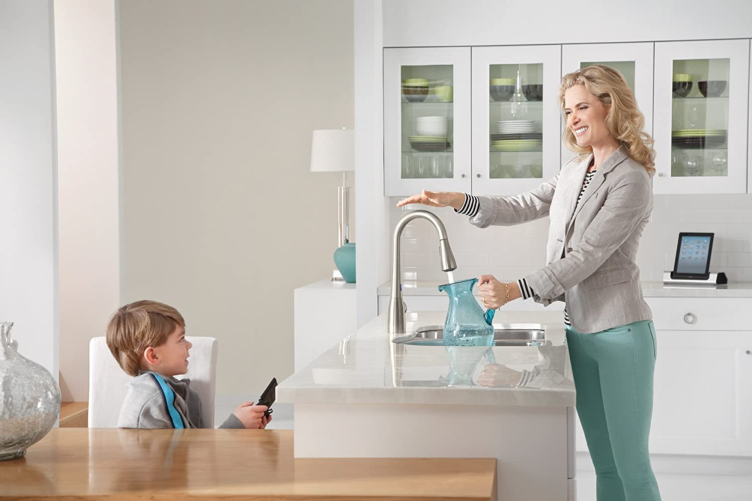 Moen Arbor Motionsense Touchless One-Handle High Arc Pulldown Kitchen Faucet Featuring Reflex, Spot Resist Stainless (7594ESRS)
