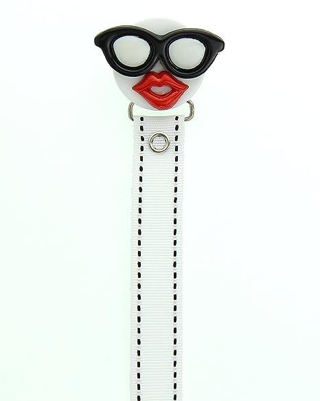 Cristal sueño negro gafas de sol y labios rojos con una ...