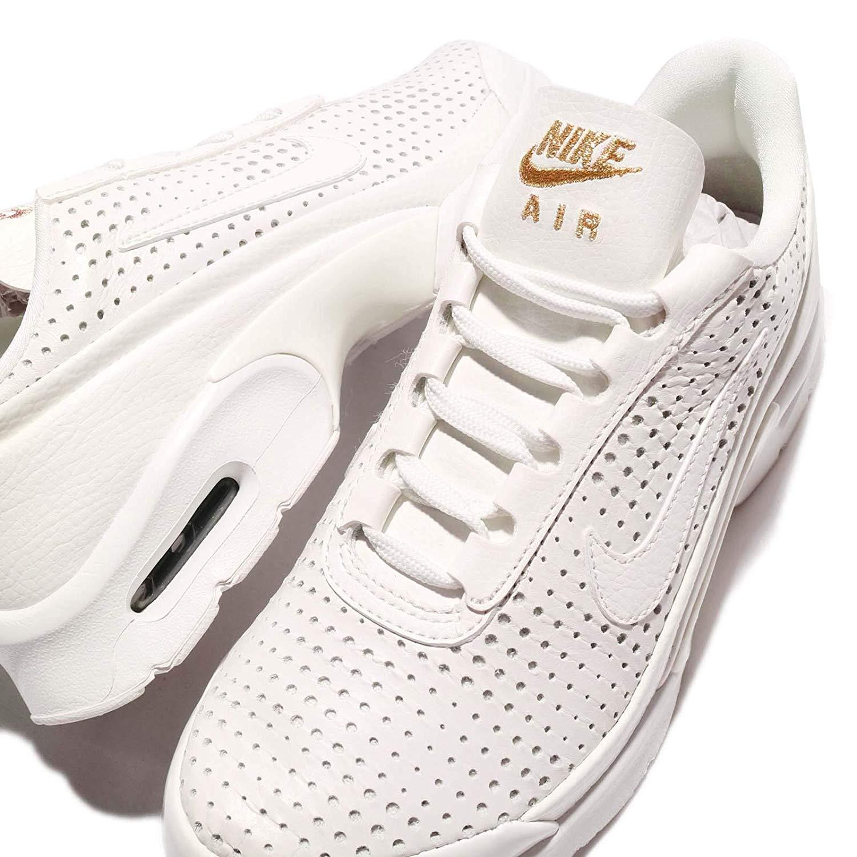 Nike Schuhe </p>                     </div>                     <!--bof Product URL -->                                         <!--eof Product URL -->                     <!--bof Quantity Discounts table -->                                         <!--eof Quantity Discounts table -->                 </div>                             </div>         </div>     </div>              </form>  <div style=