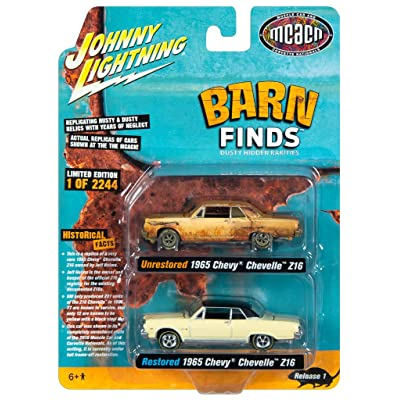 1965 Chevrolet Chevelle Z16 Crocus Yellow Unrestored and Restored 2 pc Set (MCACN) Ltd Ed 2244 pcs 1/64 Diecast Model Cars by Johnny Lightning JLPK009: Toys & Games