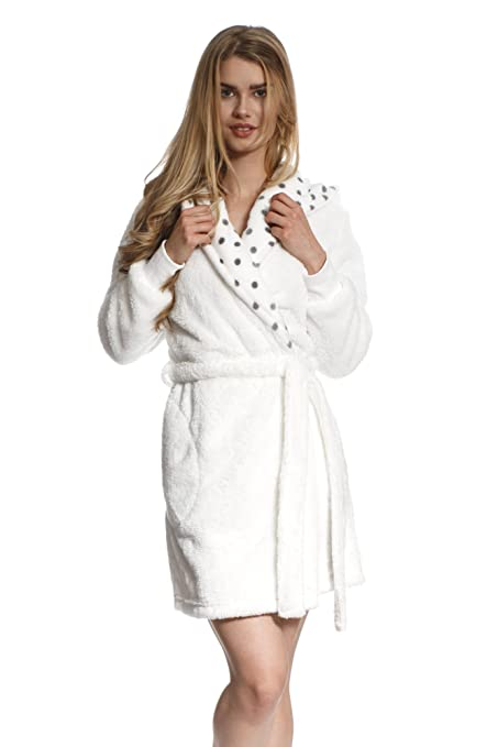 448aa0797f Cozy   Curious Women s Comfy Shaggy Bunny Robe Soft Warm Fleece White Short   Amazon.ca  Clothing   Accessories