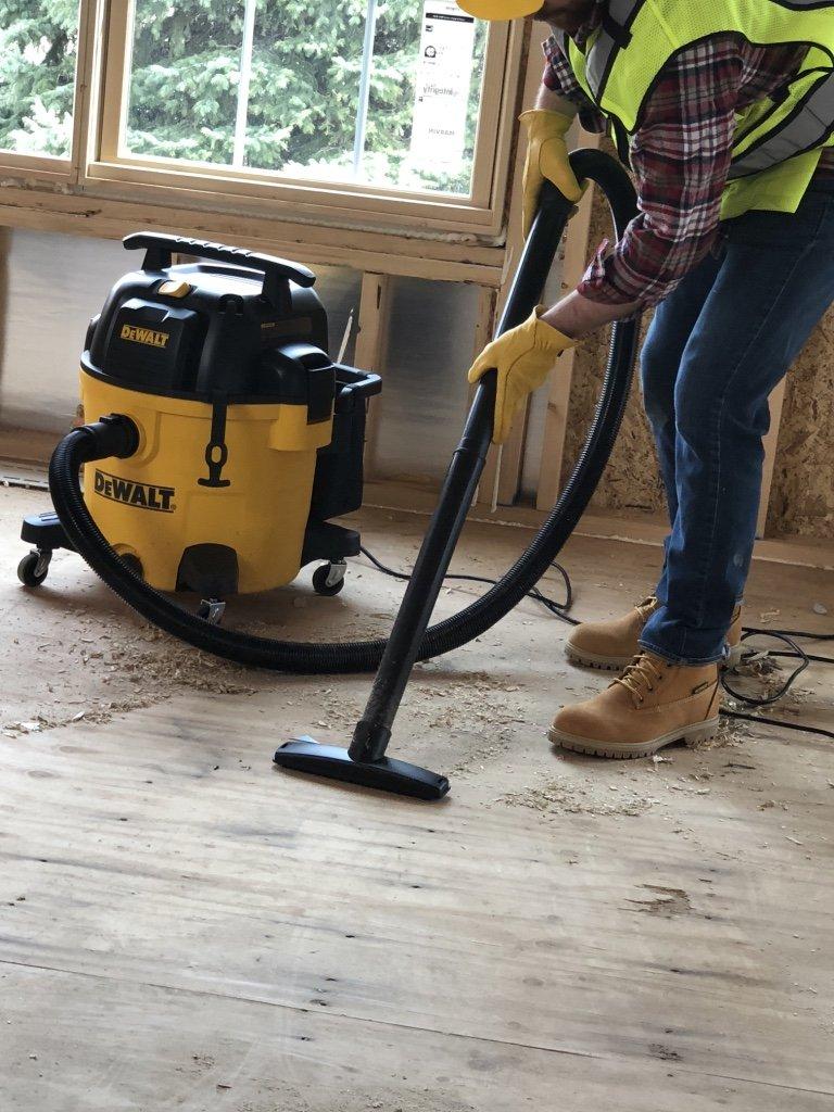 DEWALT DXV10P 10 Gallon Quiet Poly Wet Dry Vacuum Yellow by DEWALT (Image #4)