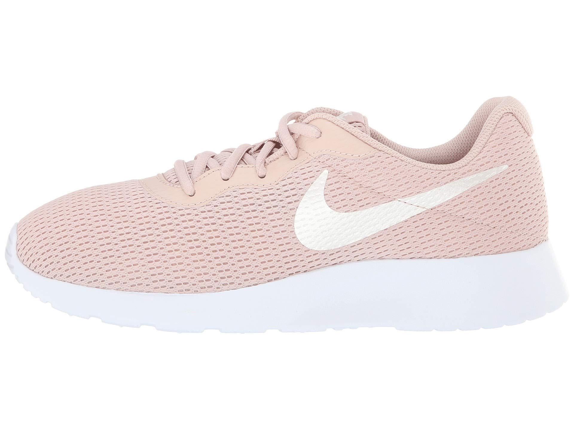 NIKE Women's Tanjun Running Shoes (8 B