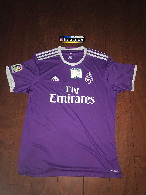 best service d9bca b4fdd Zinedine Zidane Autographed Signed Memorabilia Real Madrid ...