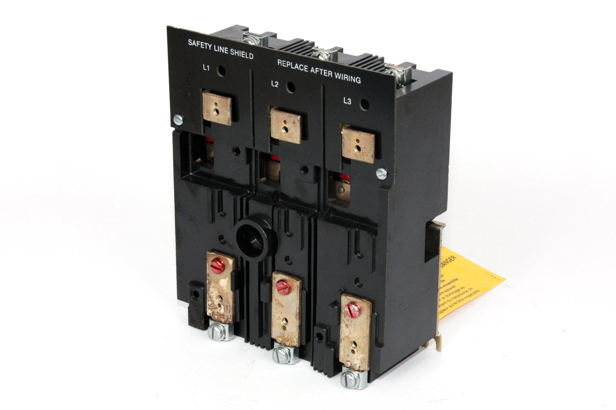 Telemecanique D10S1H Door Mount Disconnect Switch 3Pole 30A 600VAC