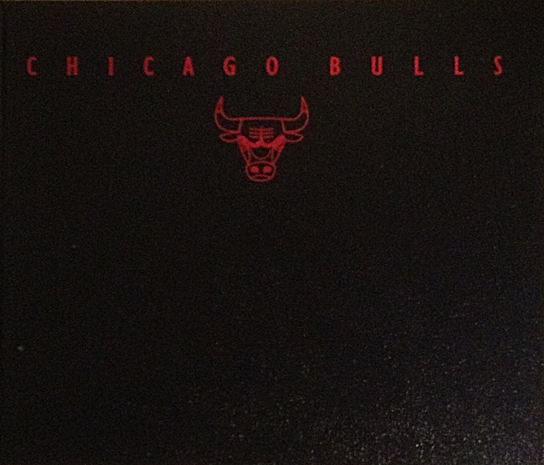 Chicago Bulls: The Authorized Pictorial