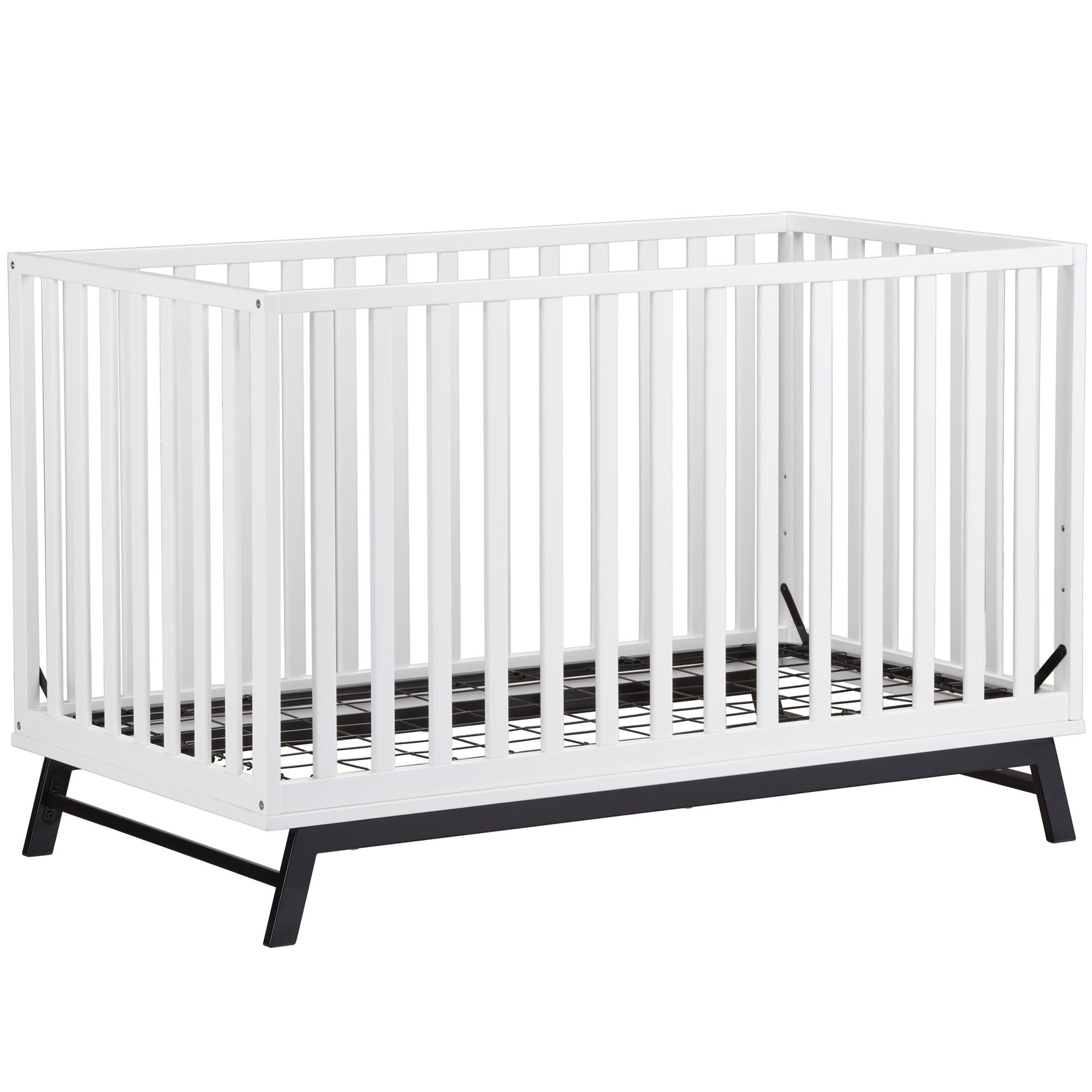 Little Seeds Rowan Valley Lark Urban Crib, White