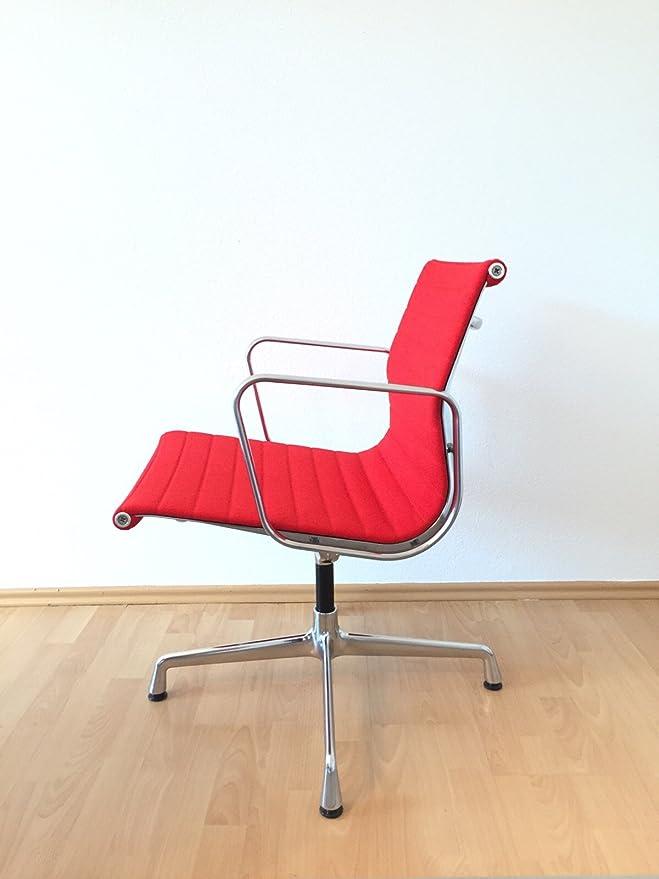 Charles und Ray Eames Besucherstuhl//Designklassiker von Klingenberg Vitra Alu Group Chair EA108