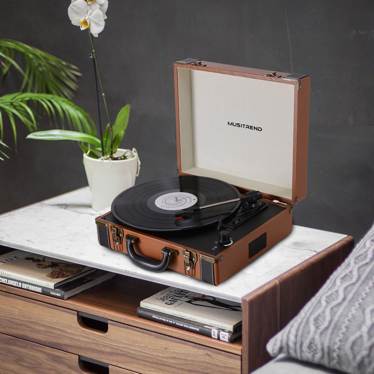 MUSITREND Tocadiscos 33/45/78 RPM, Maleta Portátil con 2 Altavoces Integrados, con RCA, Auriculares y Line in Montado, Marrón & Negro