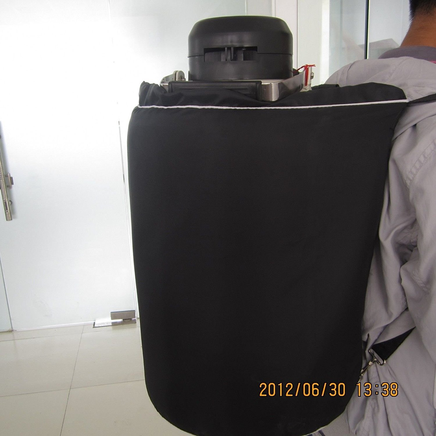 30L Cryogenic Container Liquid Nitrogen LN2 Tank with Straps and Carry Bag by Huanyu (Image #3)