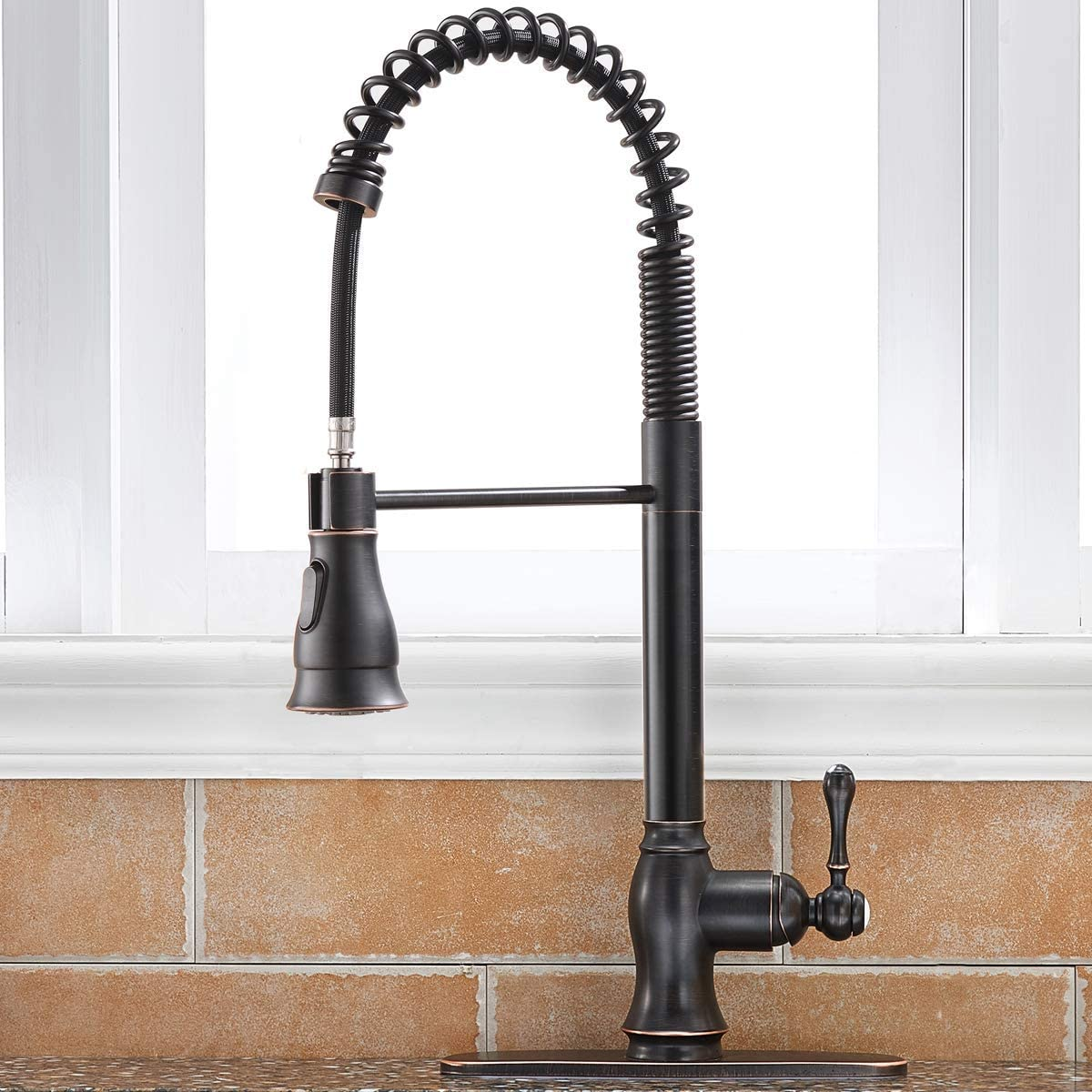 Shaco Antique Single Handle Pull Down Sprayer Oil Rubbed Bronze Kitchen Faucet Kitchen Faucet Bronze With Deck Plate Amazon Com