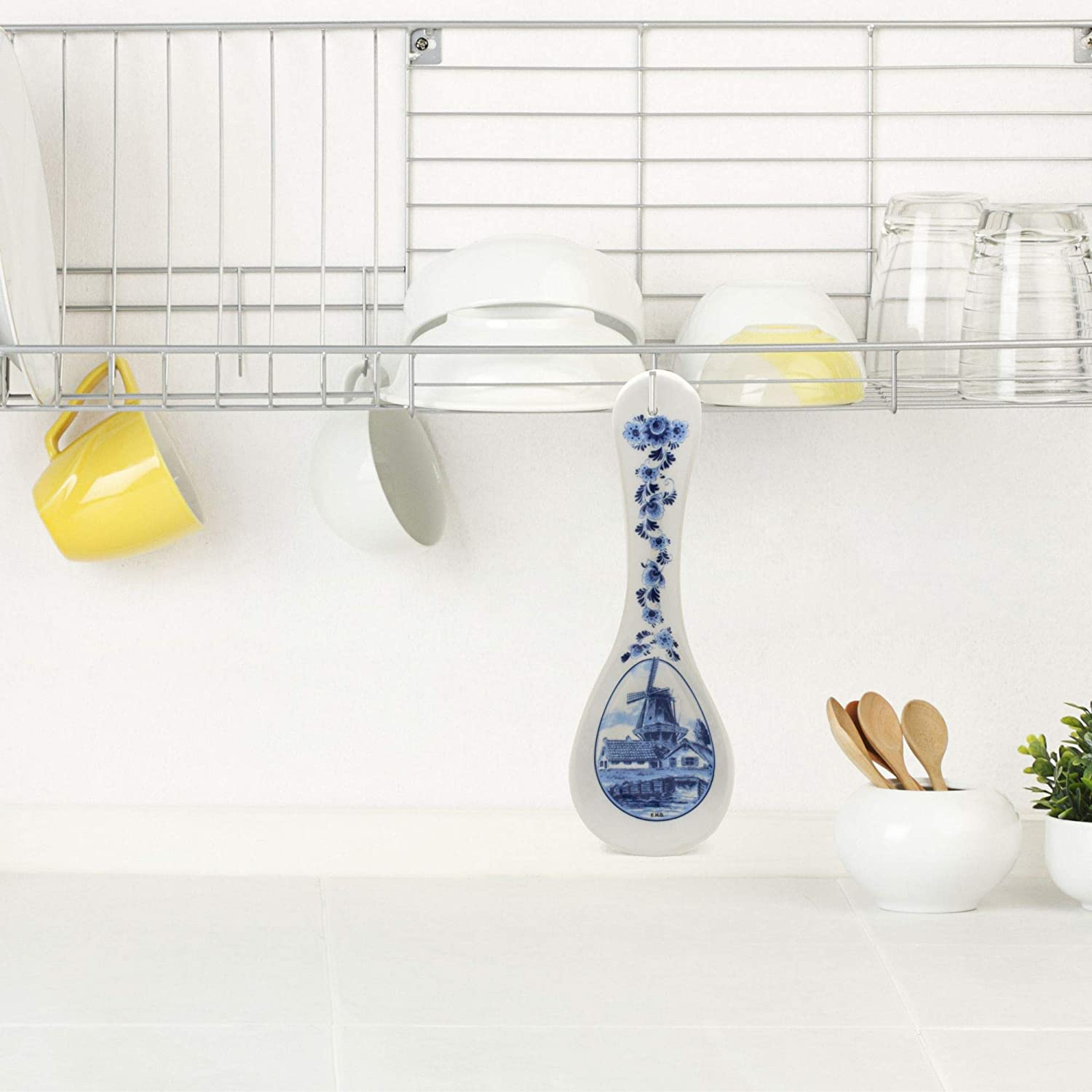 Essence of Europe Gifts Dutch Blue /& White Ceramic Kitchen Spoon Rest with Windmill