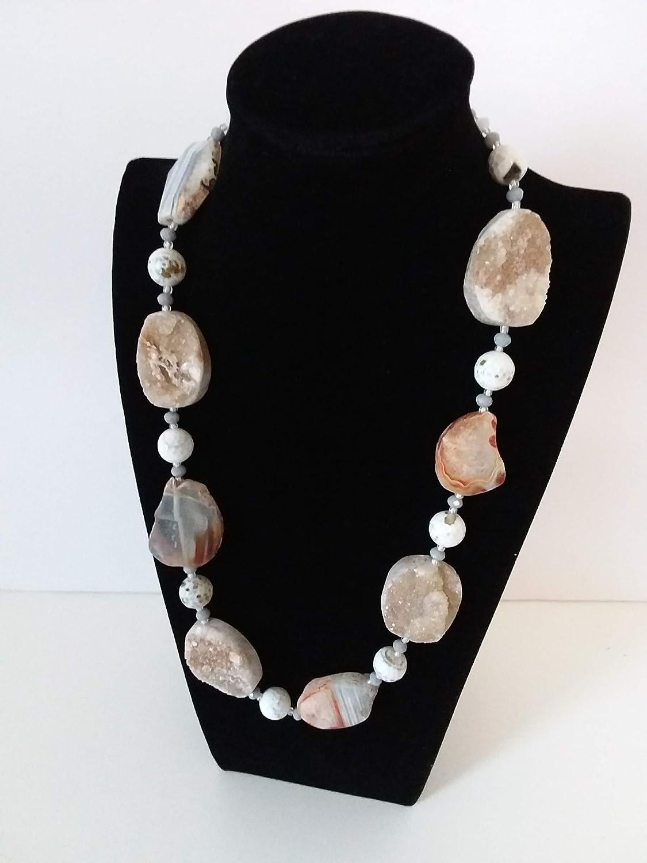 Collar de piedras preciosas - cuarzo, ágata - collar ligero con piedras en bruto - blanco, gris, beige