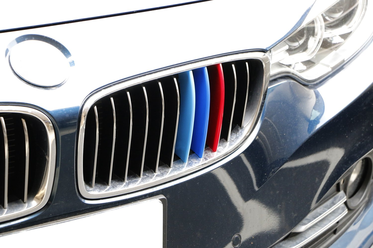 Does not fit 2017 X6 iJDMTOY Exact Fit //////M-Colored Grille Insert Trims For 2014-up BMW F15 X5 and 2015-2016 BMW F16 X6 Center Kidney Grill