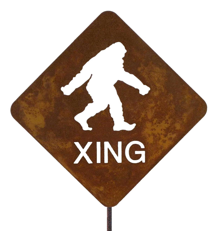 Amazon.com : Bigfoot Crossing Steel Yard and Garden Sign : Sasquatch ...