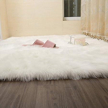 Image of Vo Ting Alfombra de piel de oveja de piel sintética peluda - Alfombras suaves y esponjosas [Alfombra del piso] para cocina, dormitorio, sala de estar, silla, asiento de comedor [Blanco - 80x 150 cm]