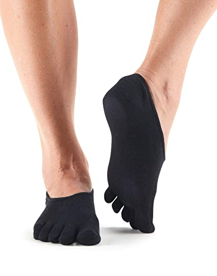 Amazon.com   toesox Women s Casual Dash Socks - No-Show Toe Socks ... 3a907ba0c4