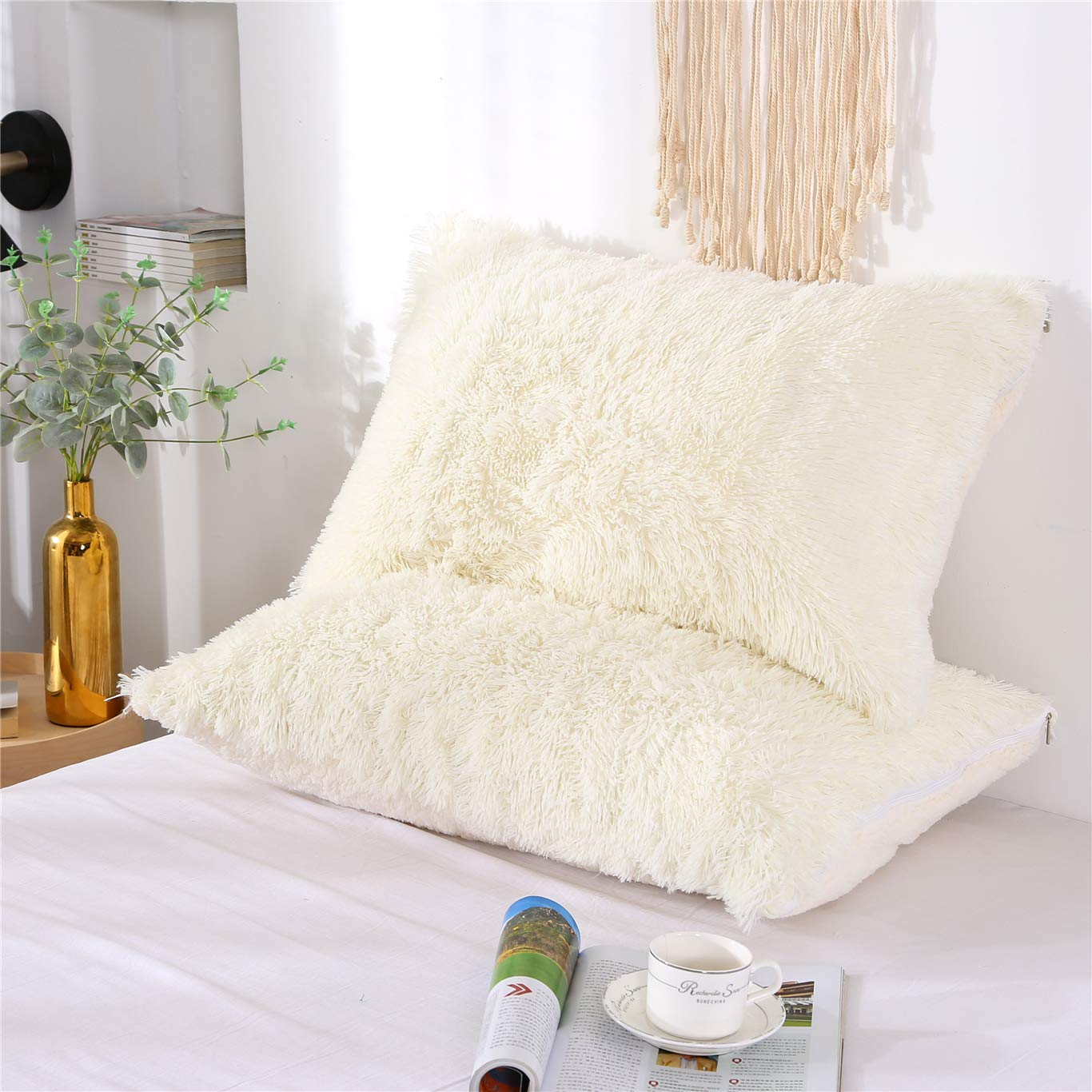 """MooWoo Fluffy Pillowcase Standard Size Set of 2, Creamy White, Sherpa Shaggy Pillow Cases Decorative Covers with Zipper, 20""""x30"""""""