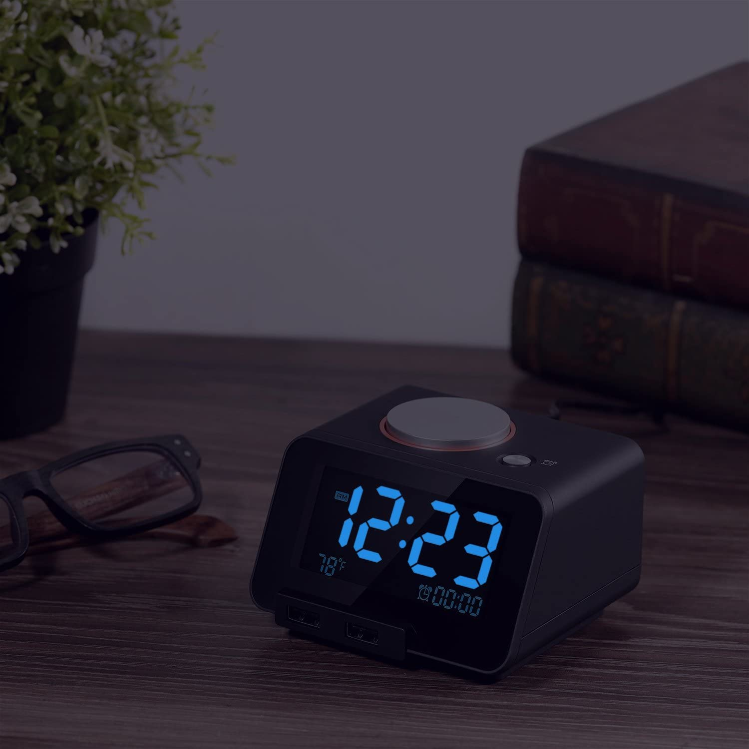 Upgraded Version Homtime ChargarAlarm-B Alarm Clock USB Charger for Bedroom,2 USB Charging Ports Phone Charger Compatible with iPhone and Android,Snooze Fuction Upgraded Version 4 Dimmer Larger Font Display and Temperrature Black