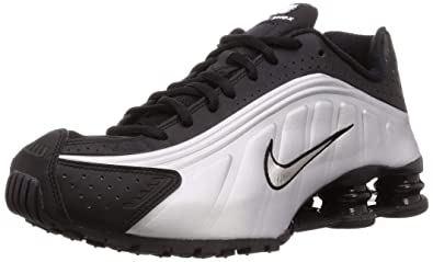 super popular 7a93c ccab9 Amazon.com | Nike Shox R4 (Black/Black-Metallic Silver 8 ...