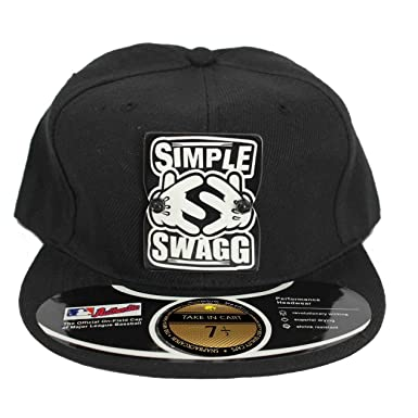 6376cf6f329ae Takeincart Black Simple Swag Snapback Cap  Amazon.in  Clothing   Accessories