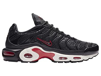 premium selection fed9a df6b0 Amazon.com | Nike Women's Air Max Plus Premium Mesh Casual ...